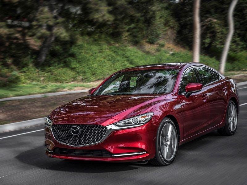 Mazda 6 tích hợp các công nghệ an toàn toàn diện.