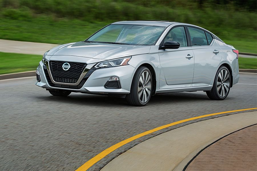 Nissan Teana sở hữu các tính năng an toàn giá trị.