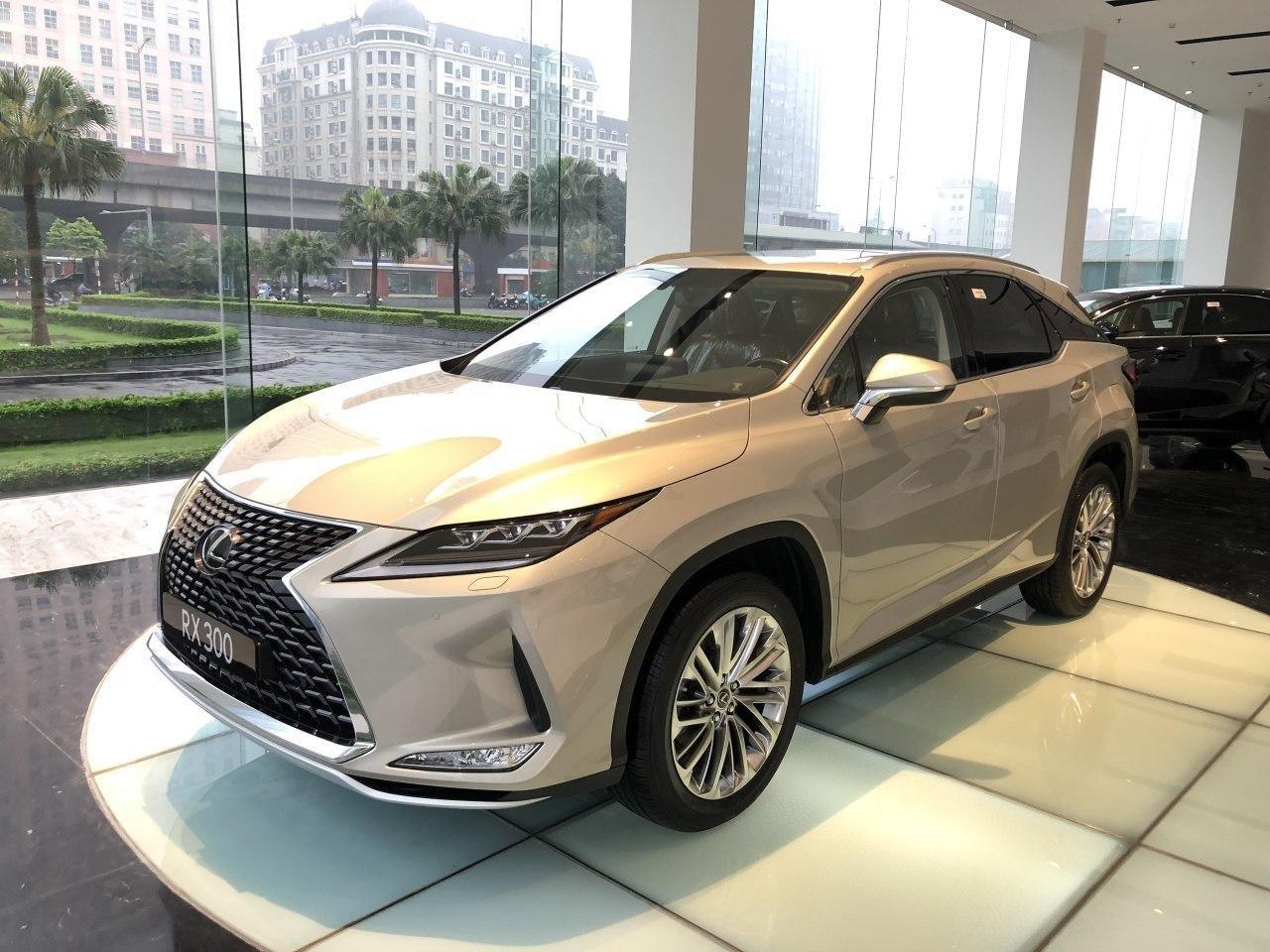 Giá xe Lexus RX 2021 mới nhất tại Việt Nam...