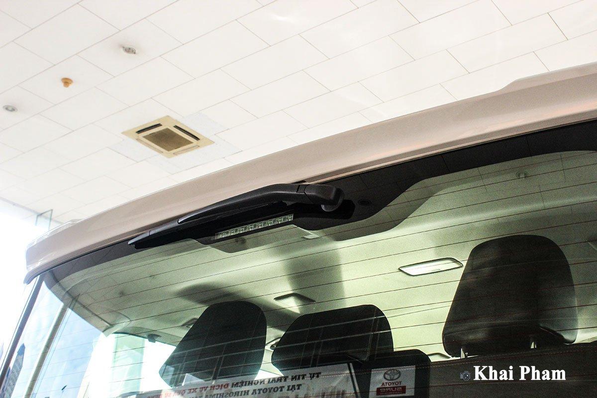 Ảnh Đèn phanh LED xe Toyota Granvia 2020