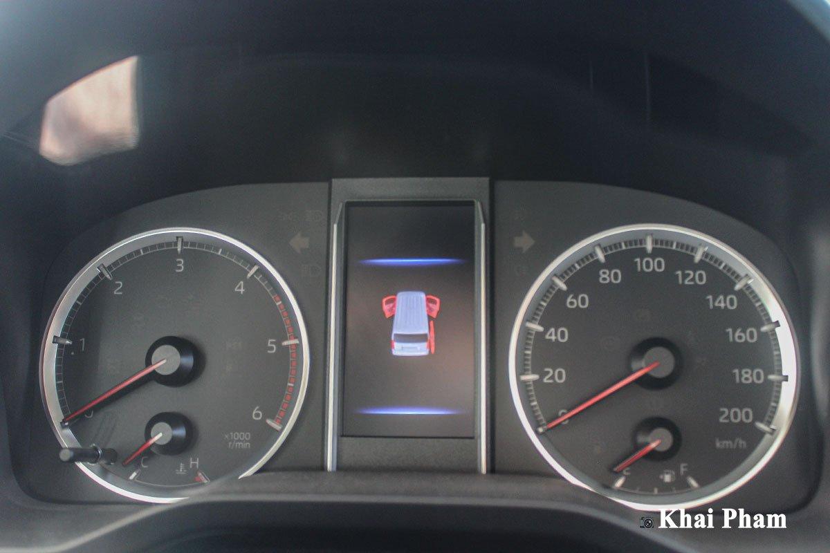 Ảnh Đồng hồ xe Toyota Granvia 2020