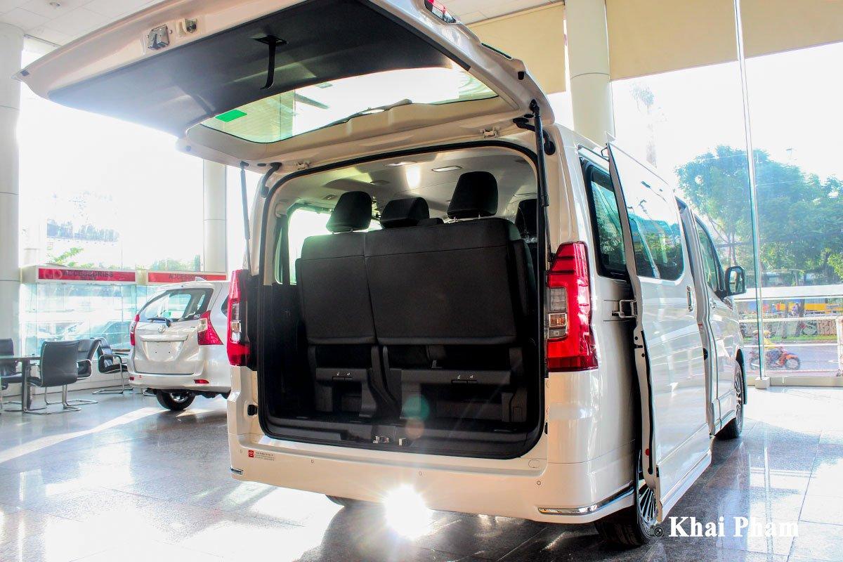 Ảnh Khoang hành lý xe Toyota Granvia 2020