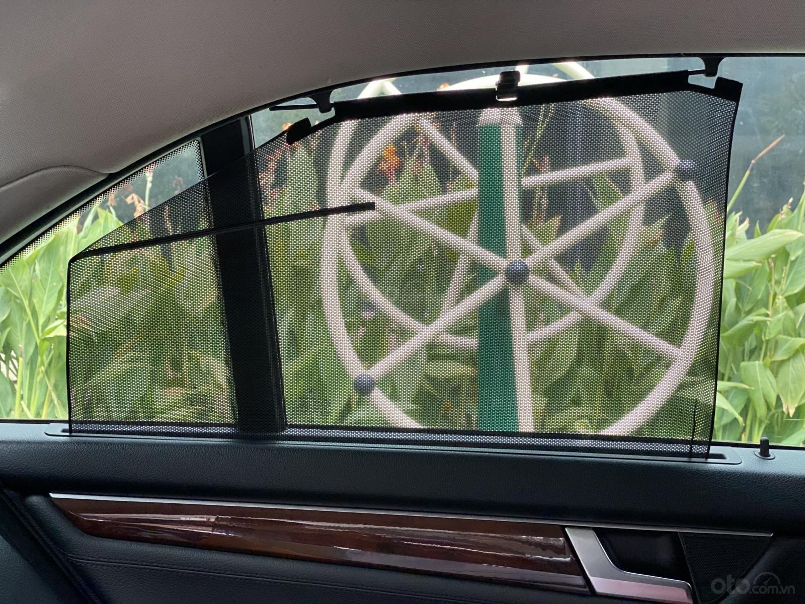 Bán Mercedes C200 sản xuất 2011, đăng kí 2012, giá cực tốt (7)