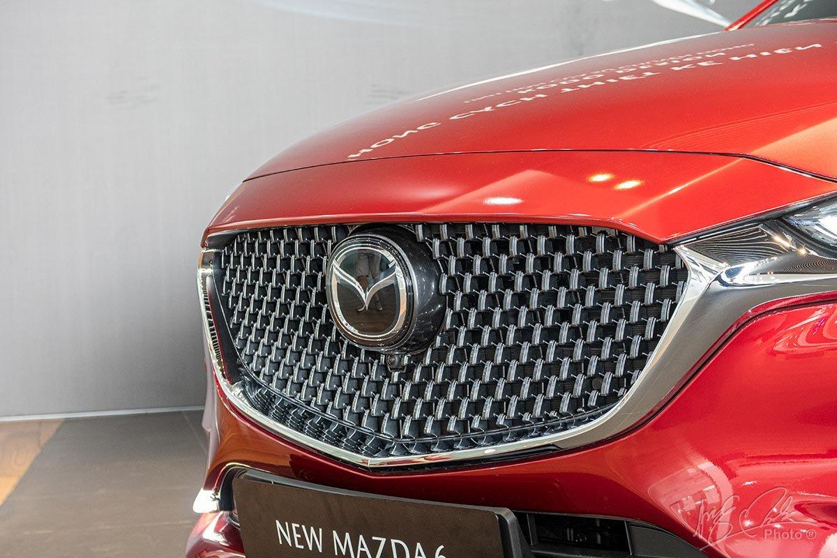 Đánh giá xe Mazda 6 2020: Lưới tản nhiệt mới.
