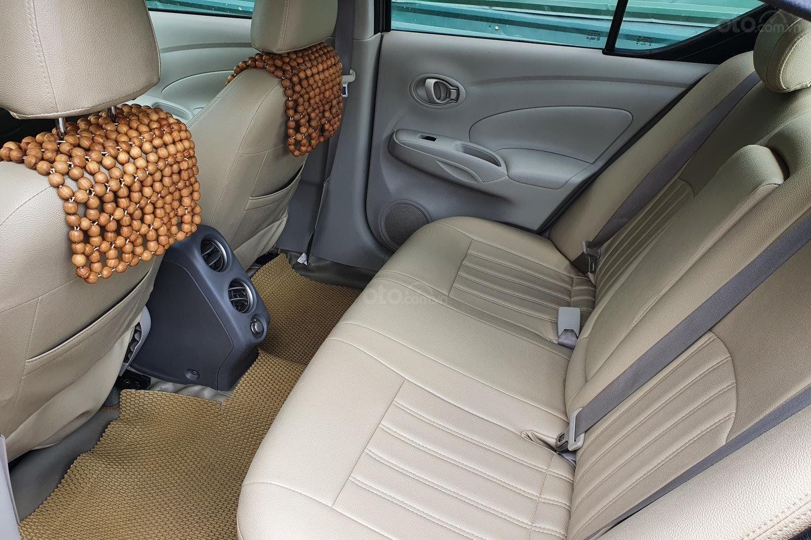 Không gian nội thất xe Nissan Sunny 2016 a2