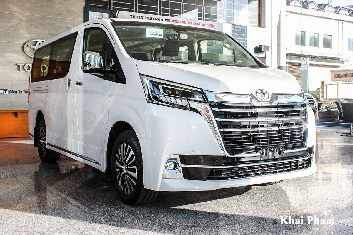 Giá xe Toyota Granvia 2020 mới nhất