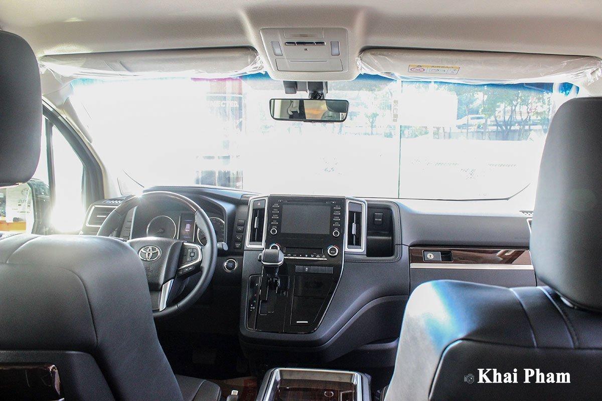 Nội thất xe Toyota Granvia 2020