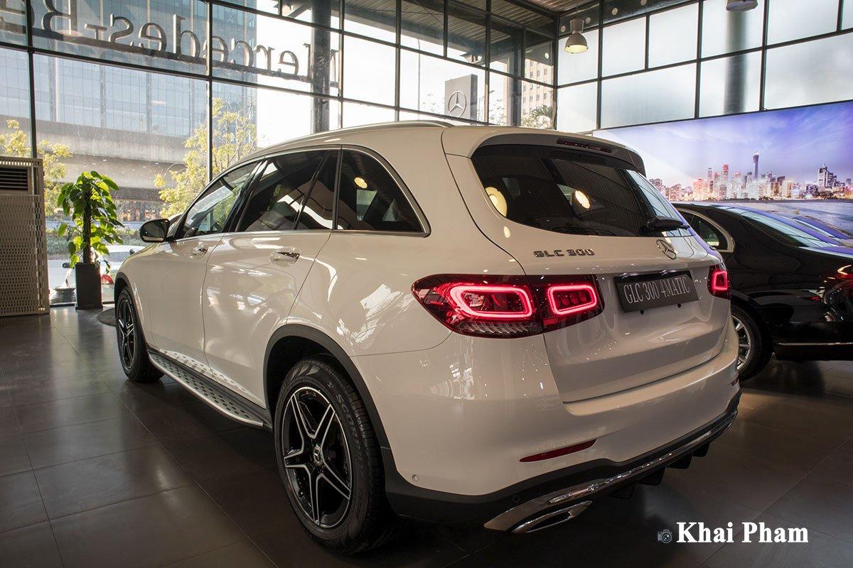 Ảnh Tổng quát xe Mercedes-Benz GLC 300 2020