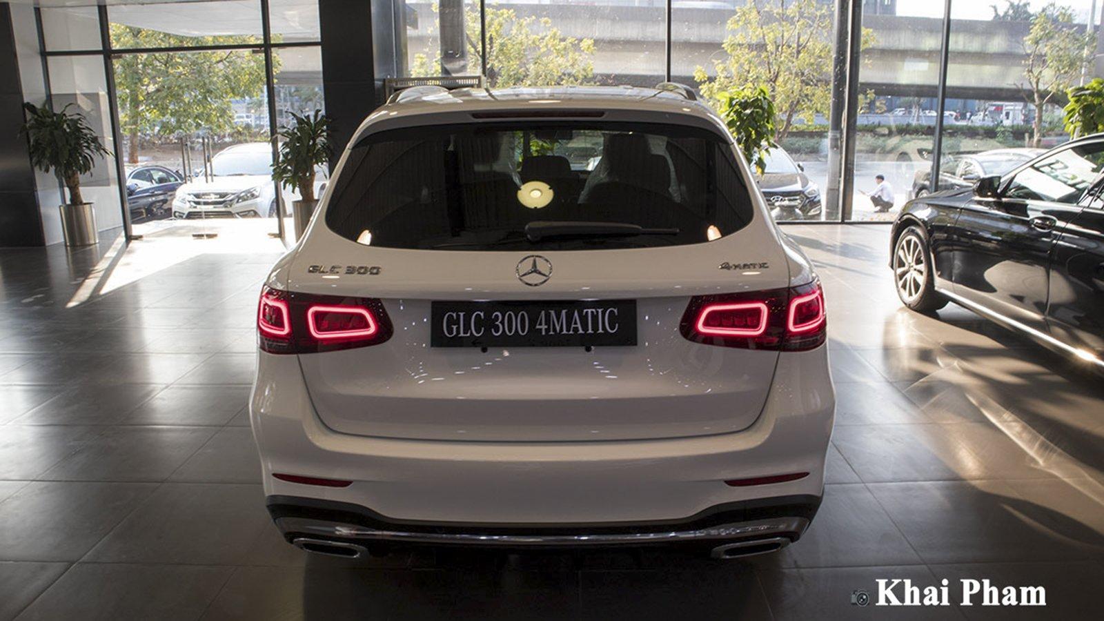 Ảnh Đuôi xe Mercedes-Benz GLC 300 2020