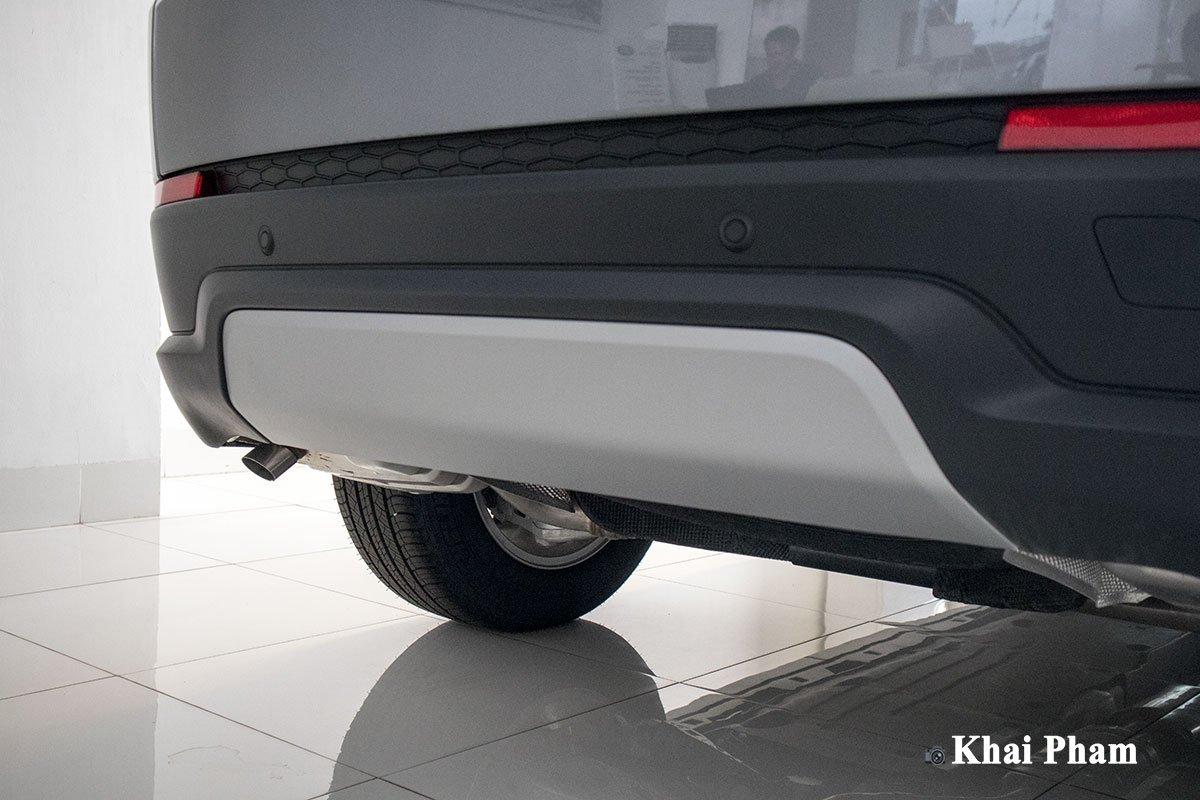 Ảnh Cản sau xe Land Rover Discovery Sport 2020
