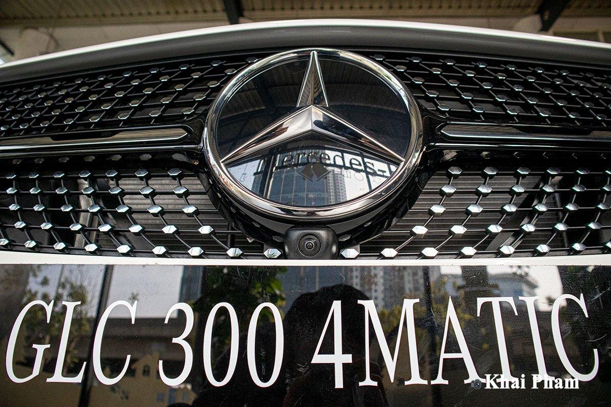 Ảnh Camera xe Mercedes-Benz GLC 300 2020