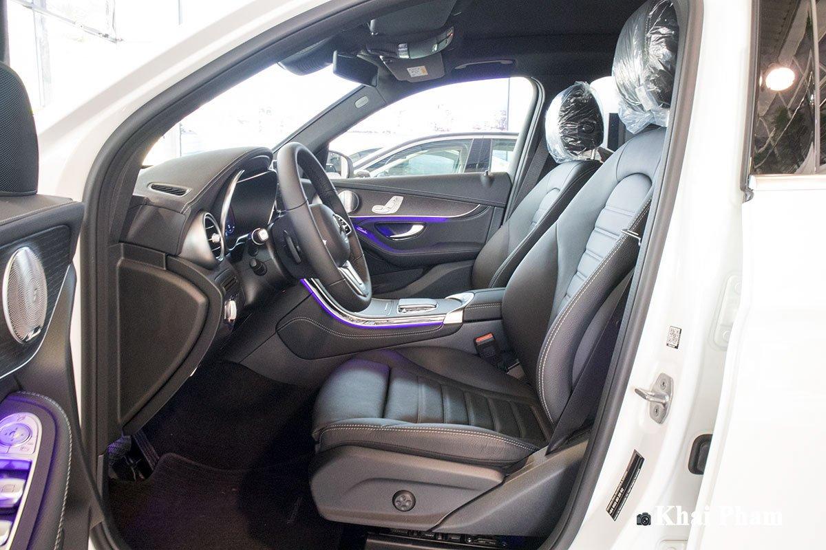 Ảnh Ghế lái xe Mercedes-Benz GLC 300 2020