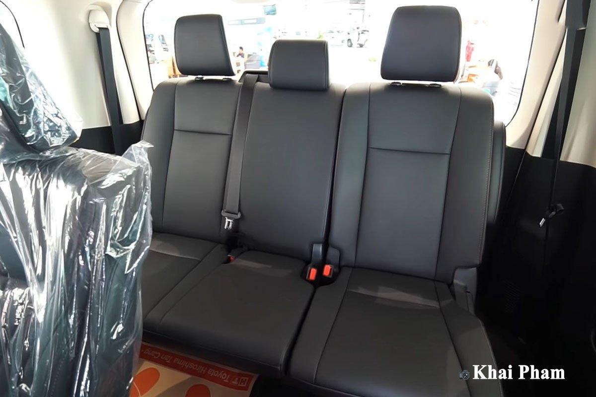 Ảnh Ghế cuối xe Toyota Granvia 2020