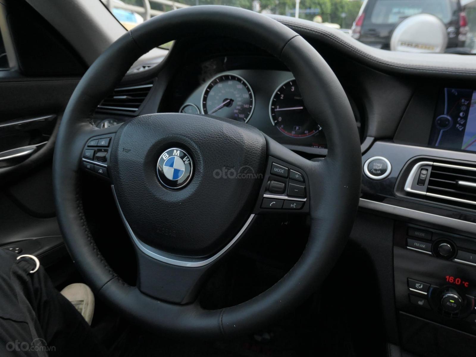 Cần bán BMW 7 Series 2010, màu đen, nhập khẩu, 880 triệu (2)