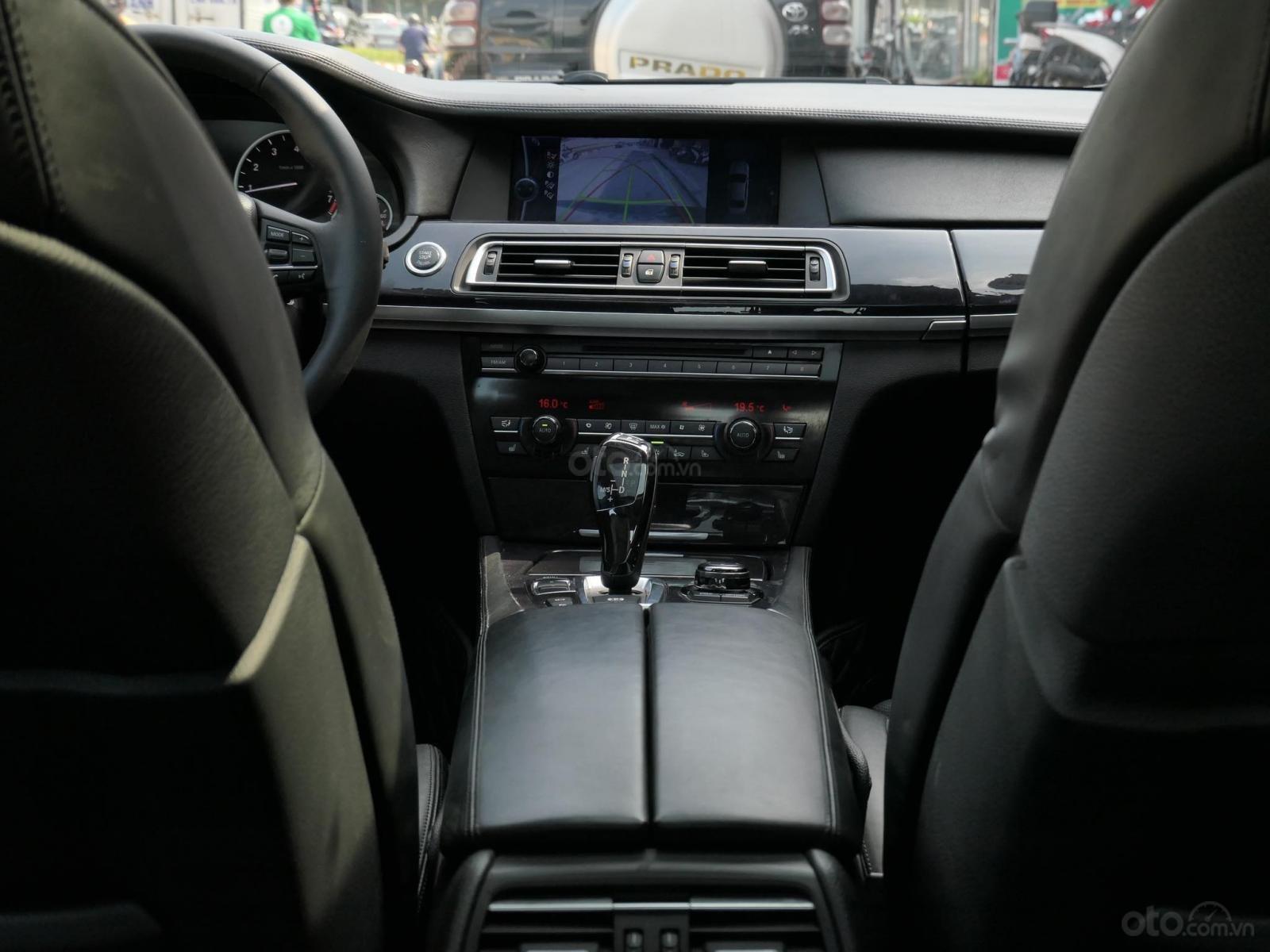 Cần bán BMW 7 Series 2010, màu đen, nhập khẩu, 880 triệu (15)