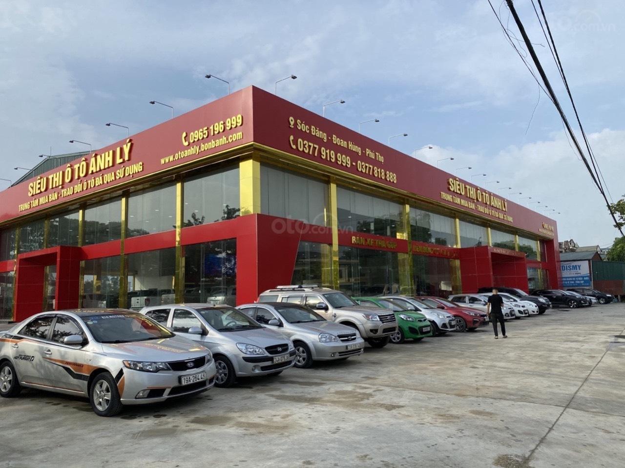 Salon ô tô Ánh Lý (2)