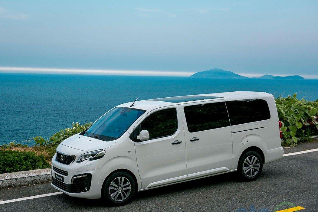 Peugeot Traveller mới ra mắt khách Việt tháng 5/5/2019 1