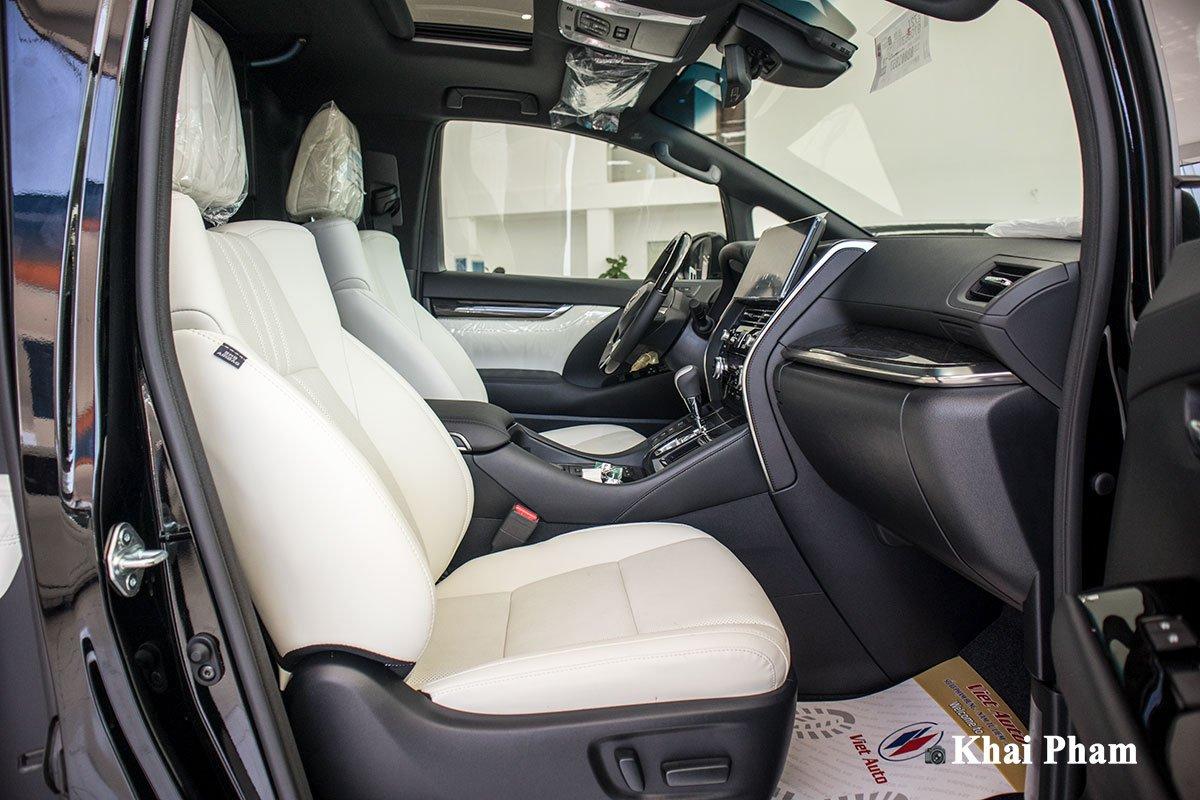 Ảnh ghế phụ xe Lexus LM300h 2020