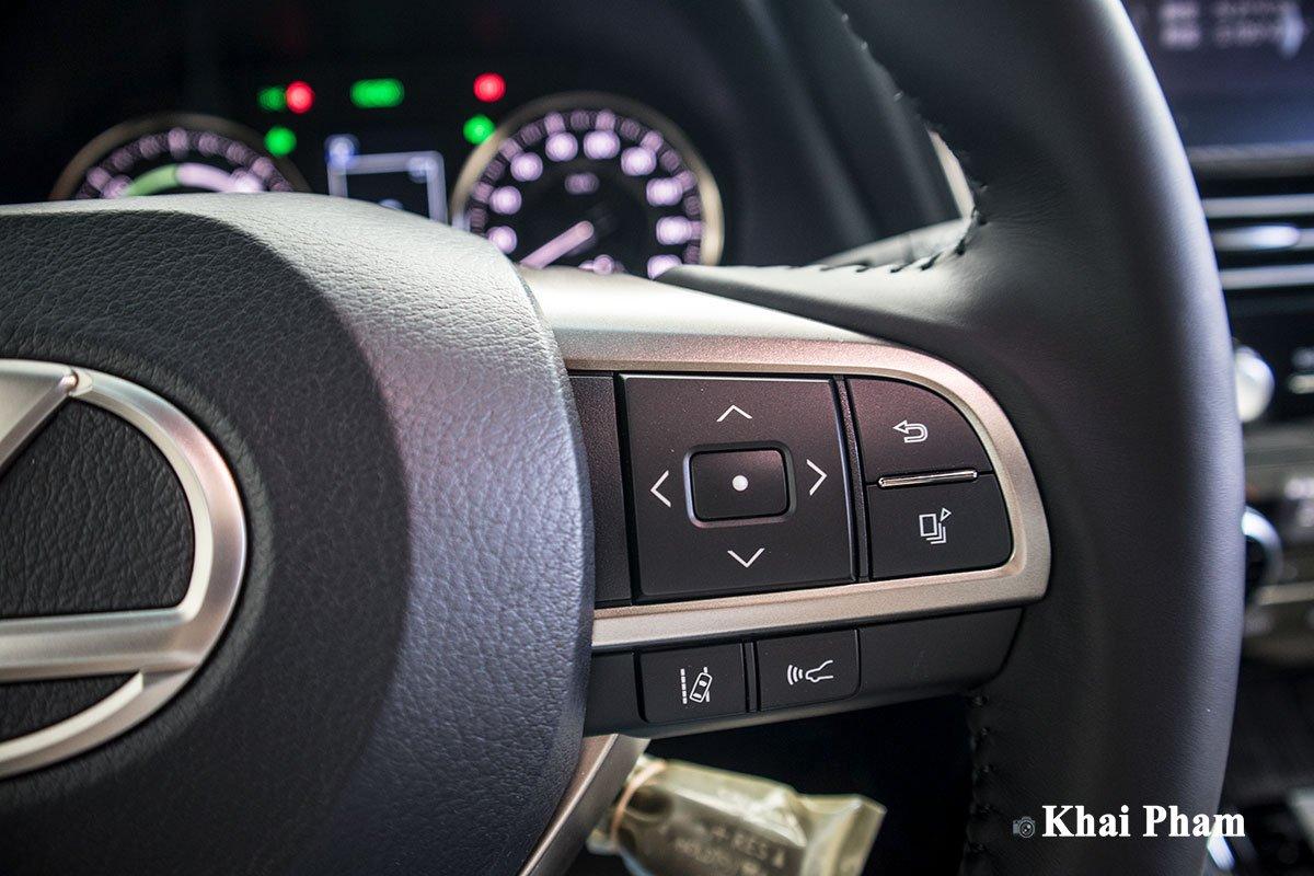 Ảnh nút bấm xe Lexus LM300h 2020