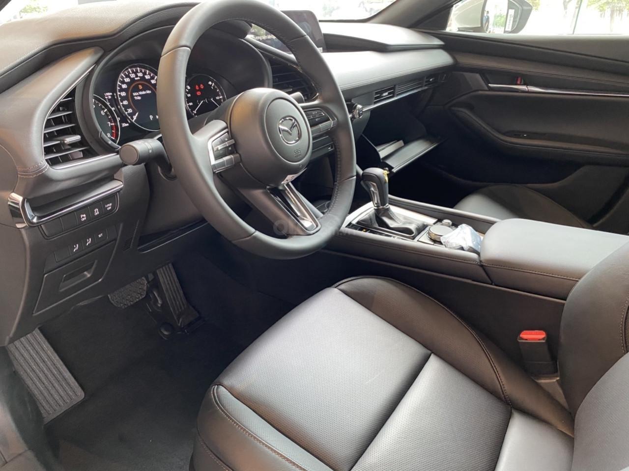 [Mazda Bình Tân - HCM] All New Mazda 3 2020, nhận ngay ưu đãi 50% phí trước bạ, tặng bộ phụ kiện chính hãng (7)