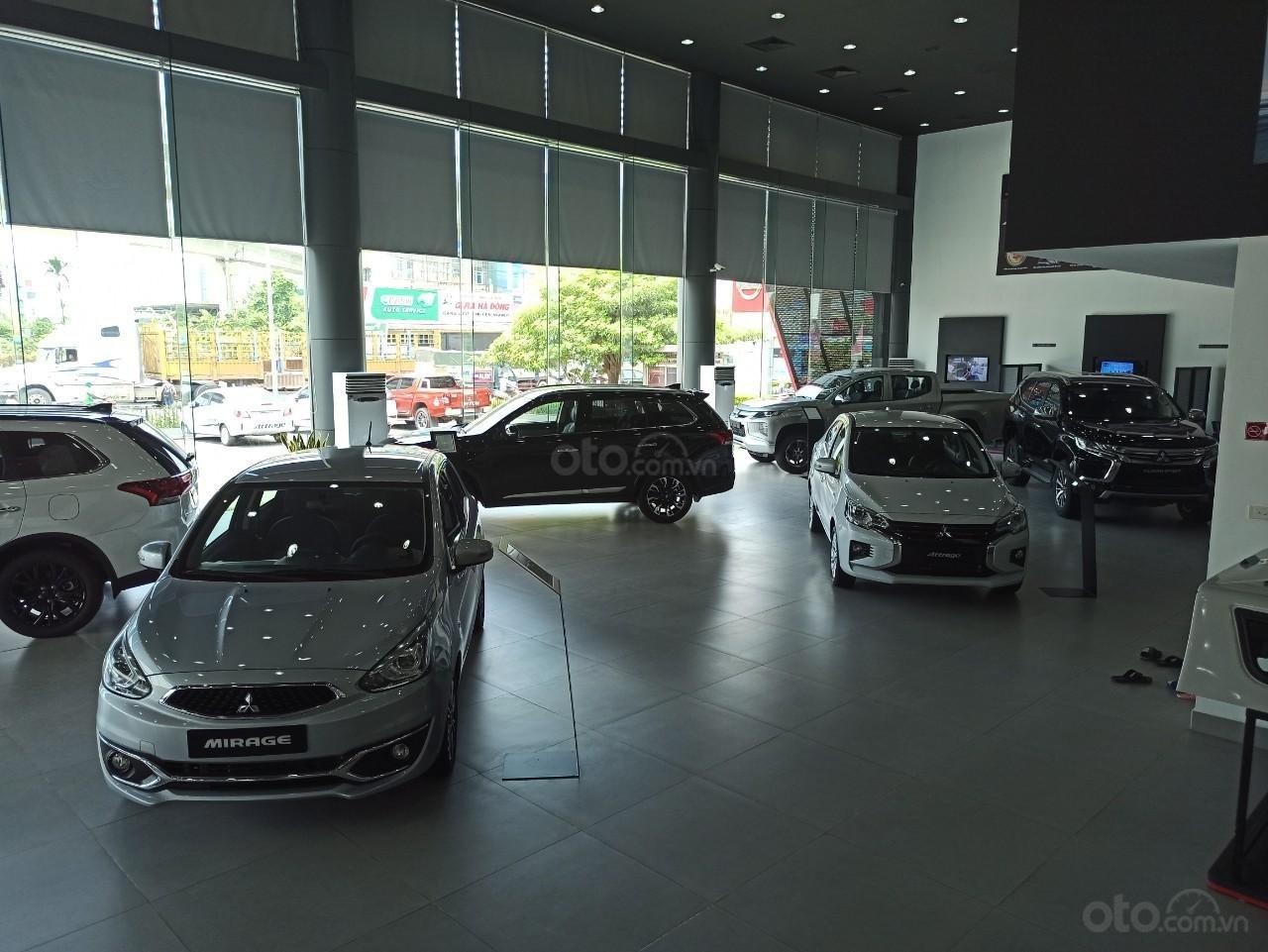 Mitsubishi Việt Hùng (8)