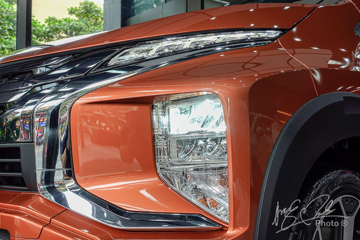 Ảnh Đèn pha xe Mitsubishi Xpander Cross 2020