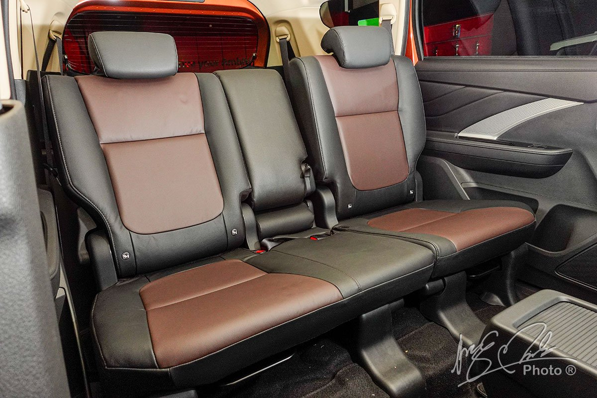 Ảnh Hàng 3 xe Mitsubishi Xpander Cross 2020