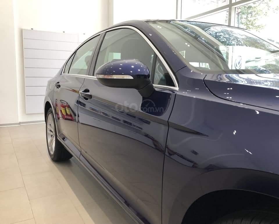Giá sau giảm: 1.480.000.000 đ - thanh lý lô xe Passat Bluemotion High (bản cao cấp nhất) - xe Đức chuẩn mực (10)