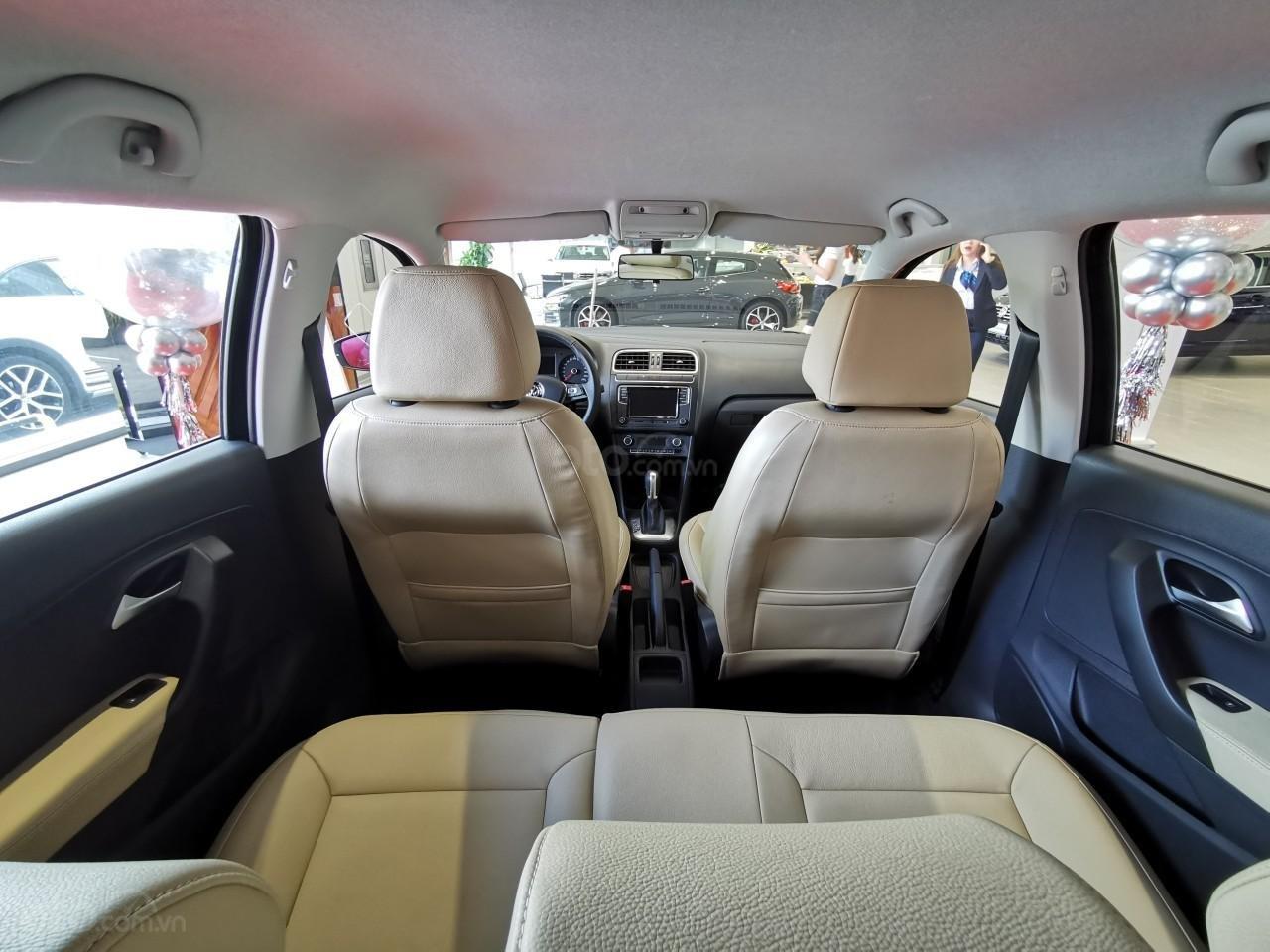 Sang gấp vài con Polo Hatchback lướt, giá cực tốt, đã tuốt mới và độ đồ xịn của hãng, đủ màu, sang tên và giao ngay trong ngày (3)