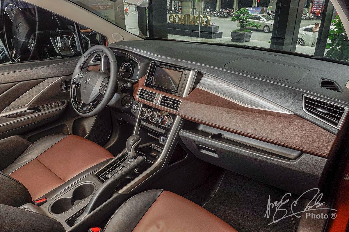 Nội thất xe Mitsubishi Xpander Cross 2020