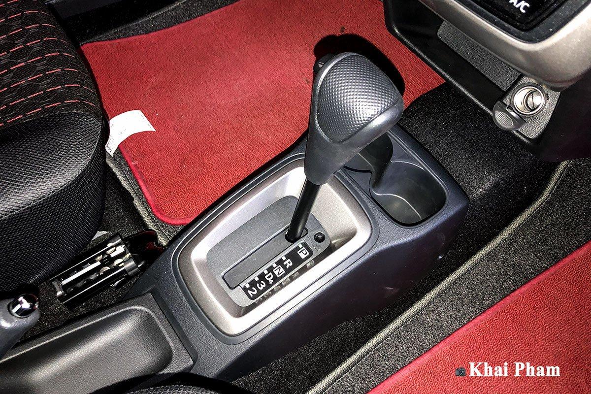 Cần số xe Toyota Wigo 2020 1