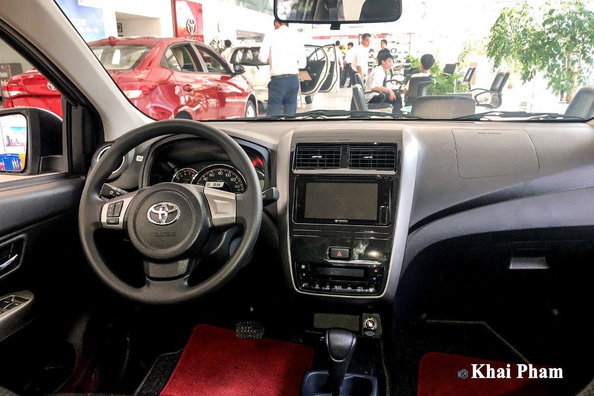 Không gian nội thất xe Toyota Wigo 2020 1