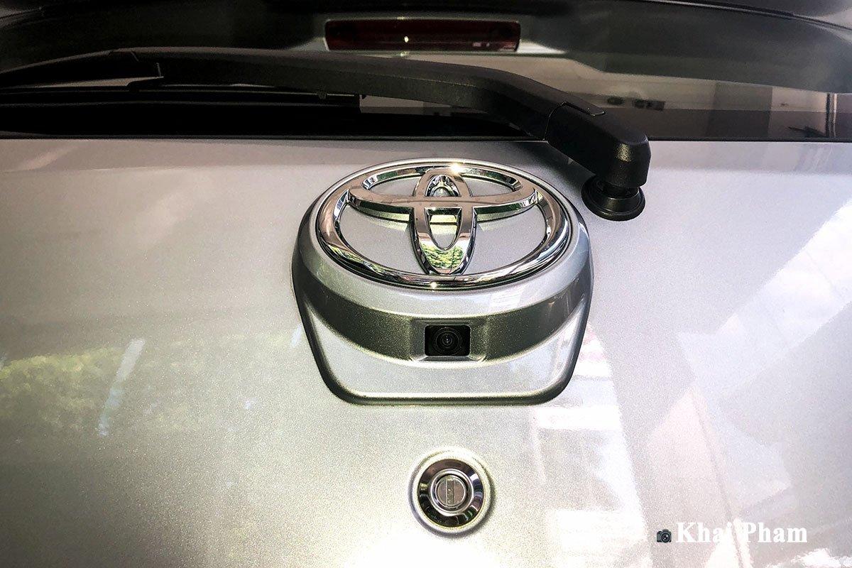 Camera lùi trên xe Toyota Wigo 2020 1