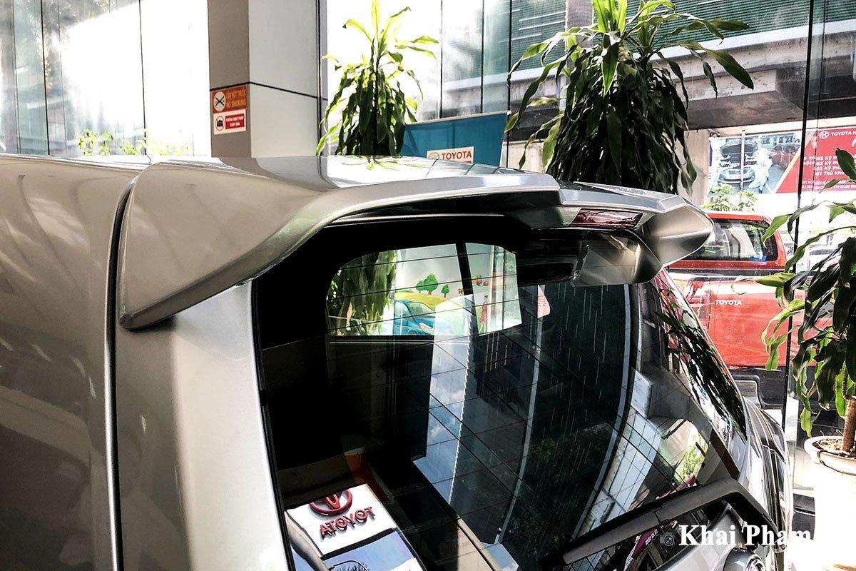 Ảnh cánh gió xe Toyota Wigo 2020 a1