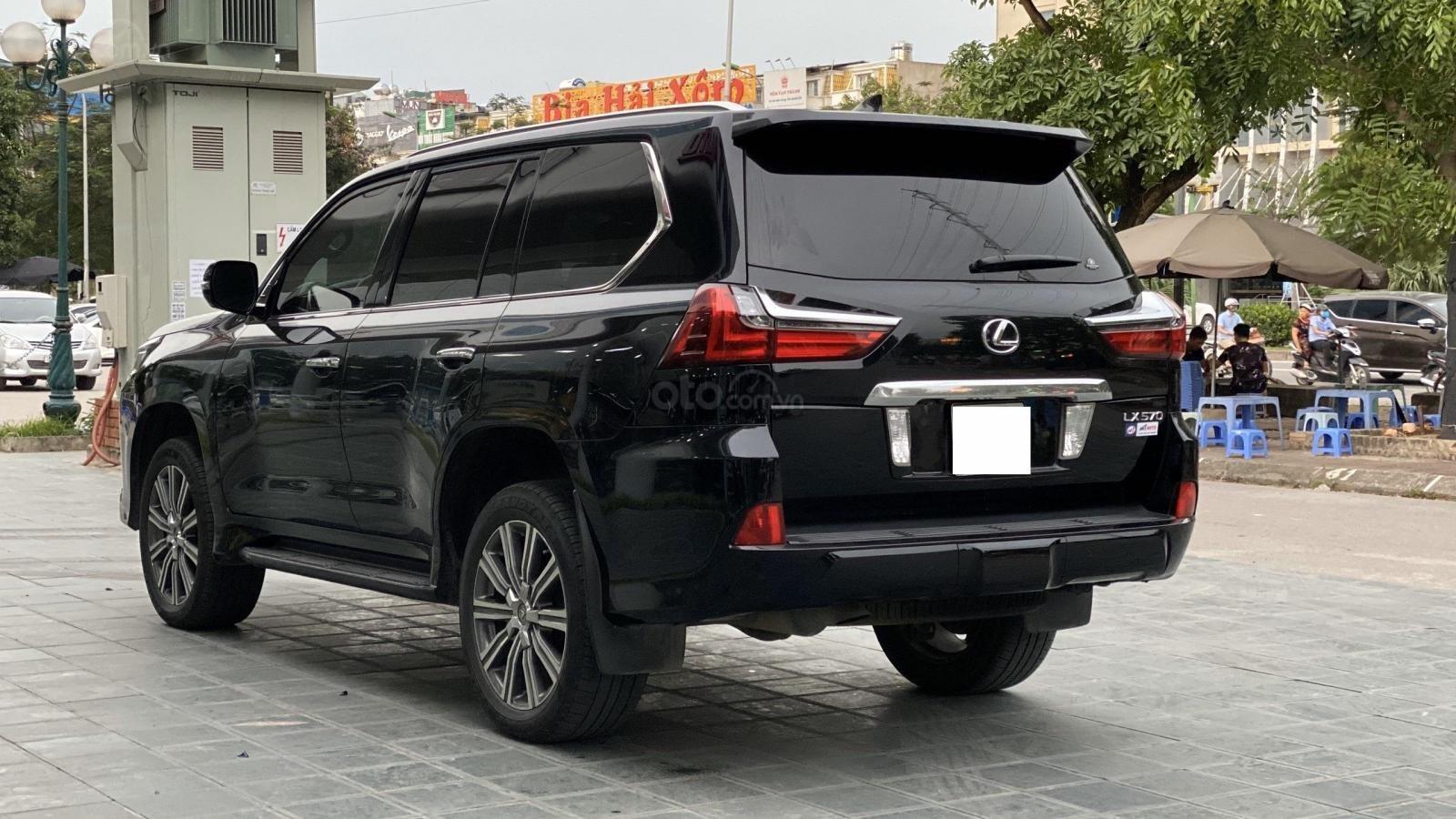 Bán xe Lexus LX 570 08 chỗ nhập Mỹ, LH Ms Hương màu đen, sản xuất 2016 giá tốt xe giay toàn quốc (6)