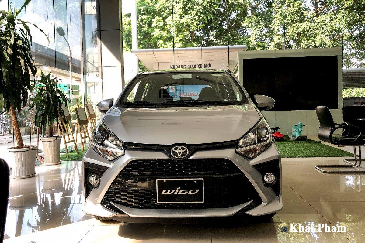 Ảnh chụp chính diện đầu xe Toyota Wigo 2020