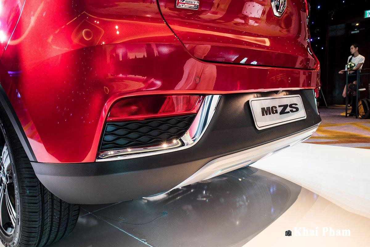Ảnh cản sau xe MG ZS 2020