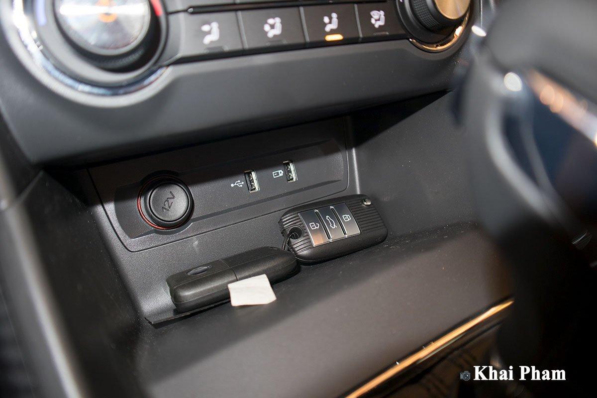 Ảnh Cổng USB xe MG ZS 2020