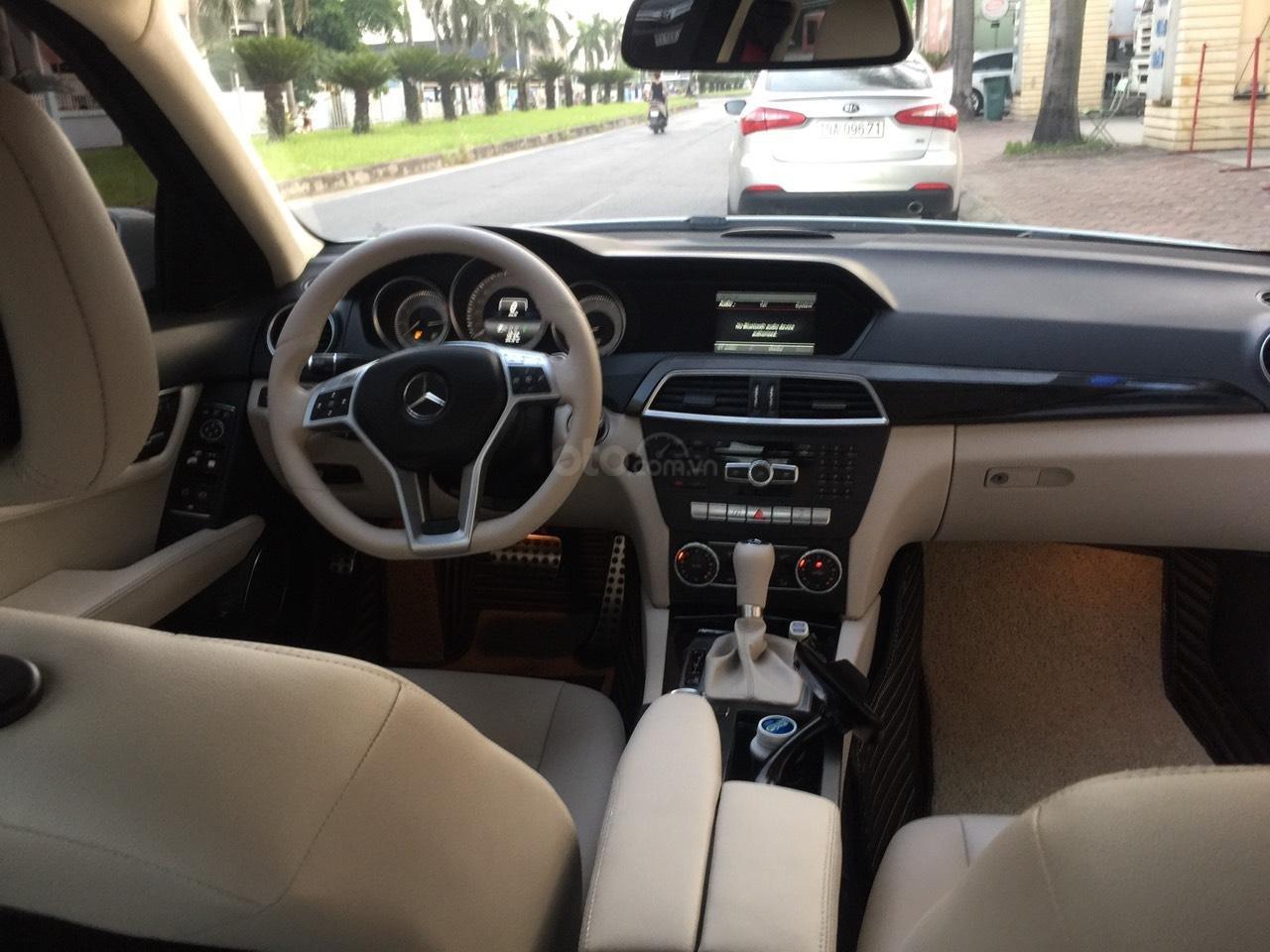 Mercedes Bezn C300 AMG SX 2013, giá chỉ 758 triệu (4)