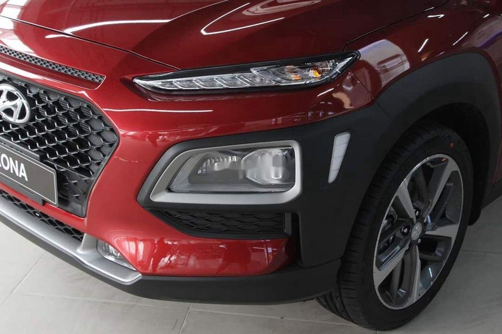 Bán xe Hyundai Kona đời 2020, màu đỏ, giá chỉ 626 triệu (5)