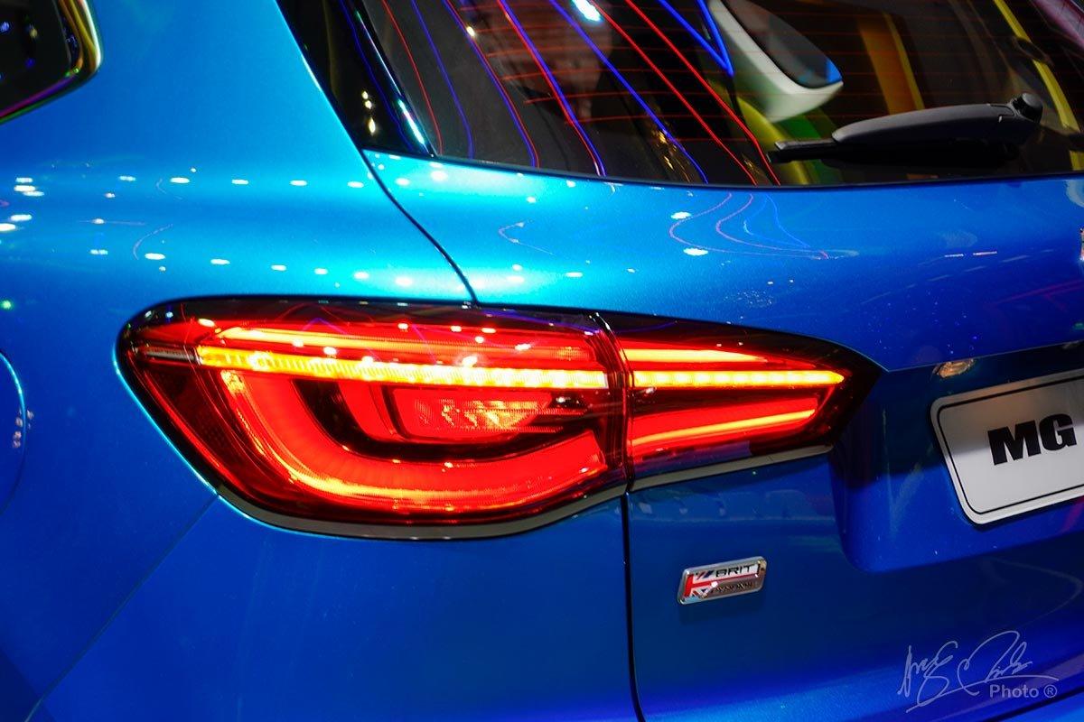 Cụm đèn hậu LED trên MG HS.