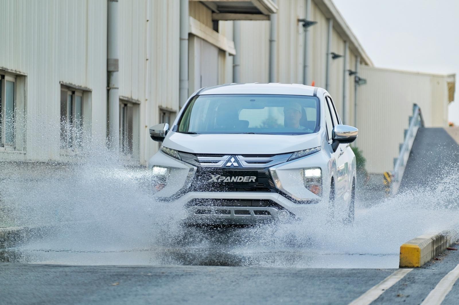 Ngoại thất xe Mitsubishi Xpander 2021 lắp ráp