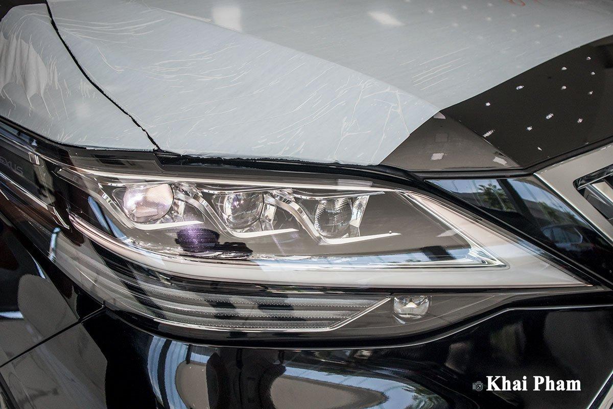 Ảnh Đèn pha xe Lexus LM300h 2020
