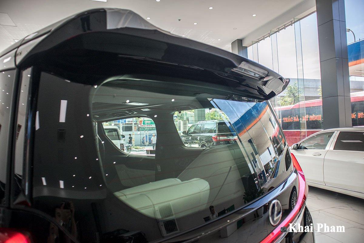 Ảnh Đèn phanh xe Lexus LM300h 2020
