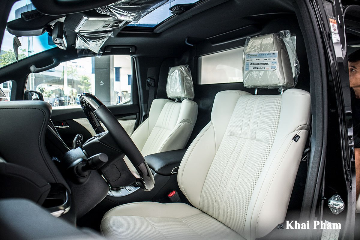 Ảnh Ghế lái xe Lexus LM300h 2020
