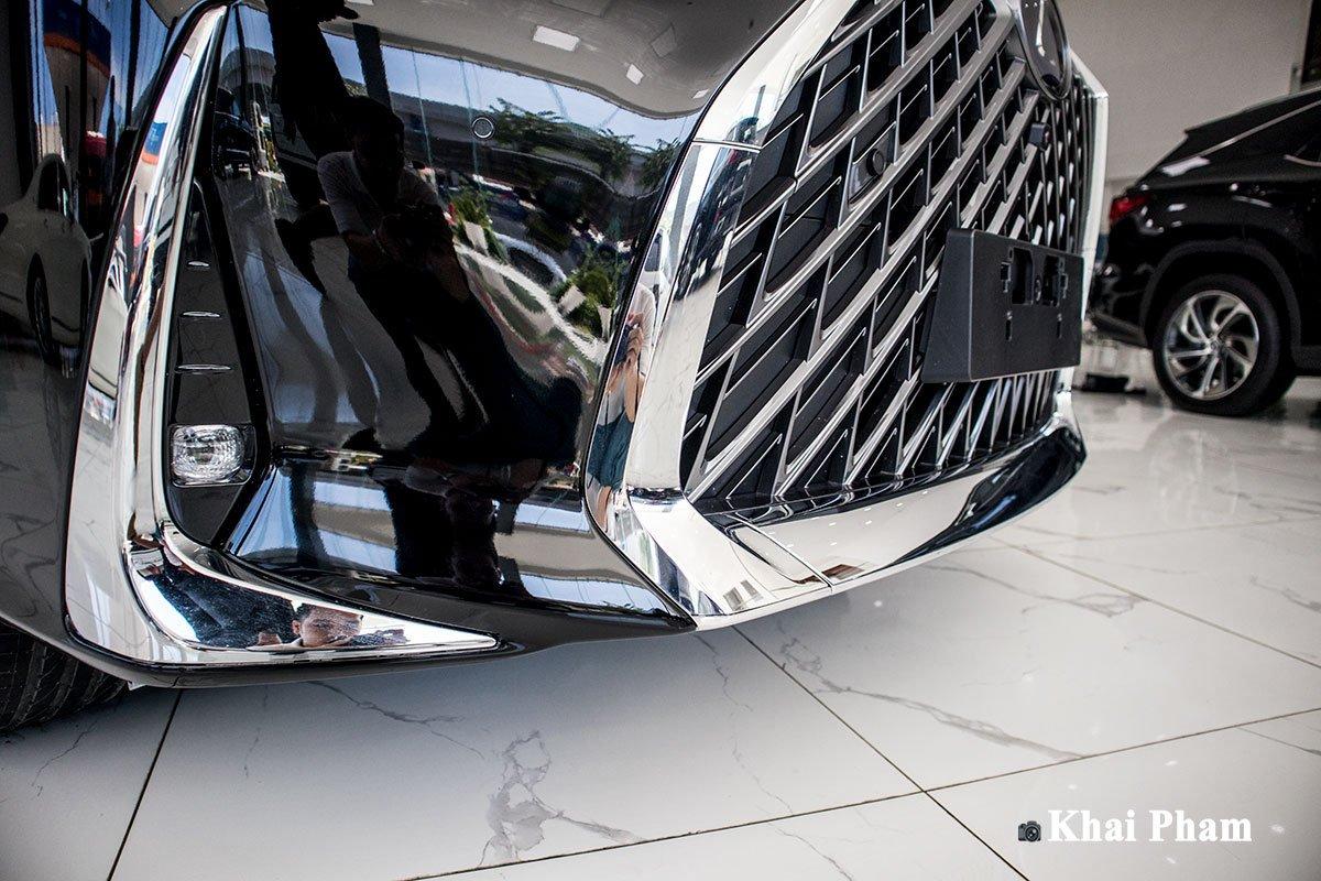 Ảnh Cản trước xe Lexus LM300h 2020