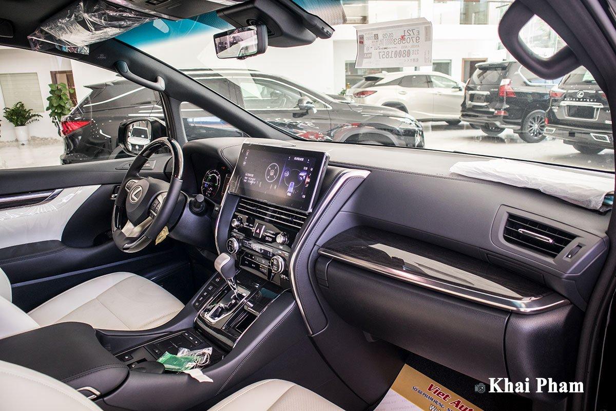 Ảnh Khoang lái xe Lexus LM300h 2020