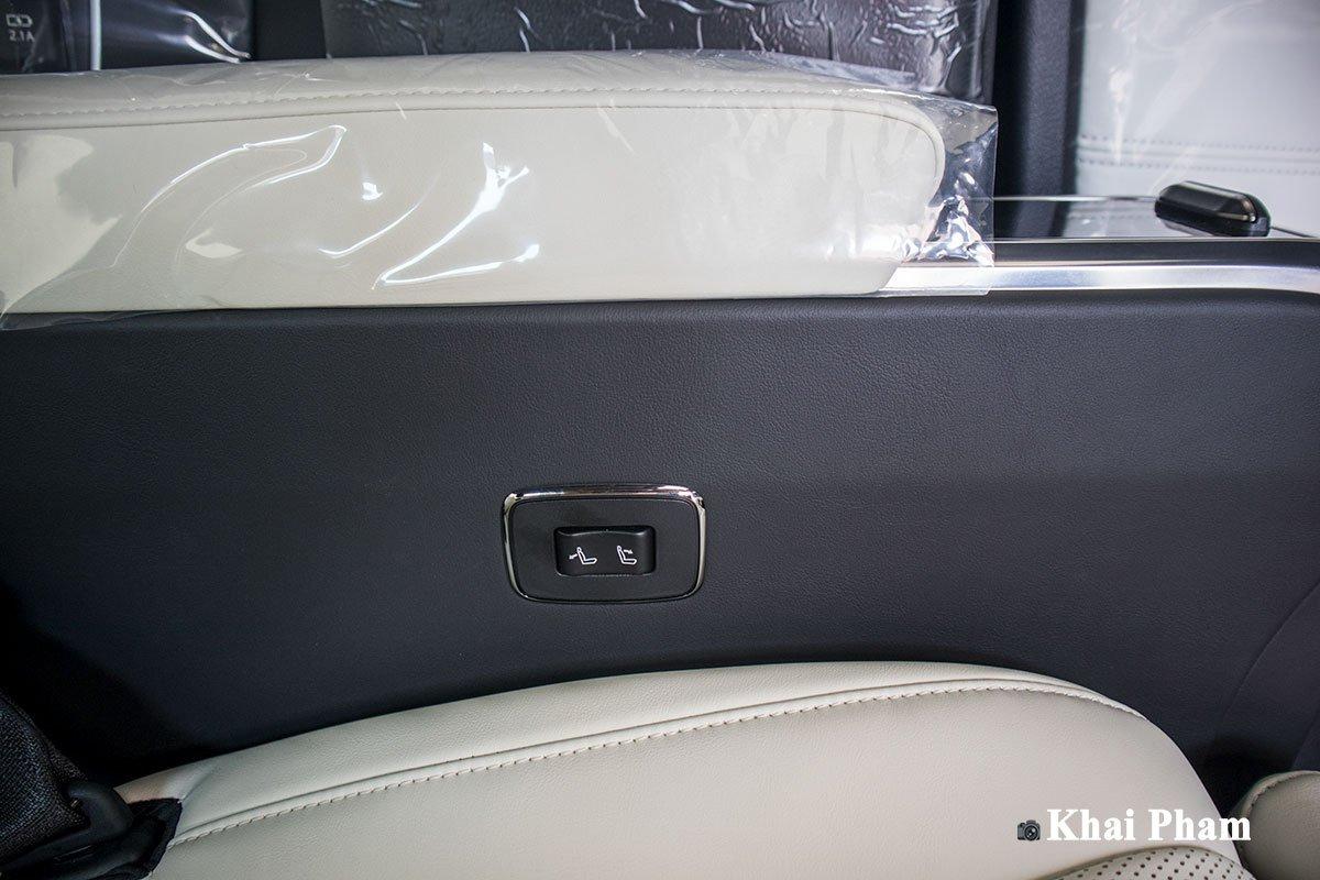 Ảnh Chỉnh ghế sau xe Lexus LM300h 2020