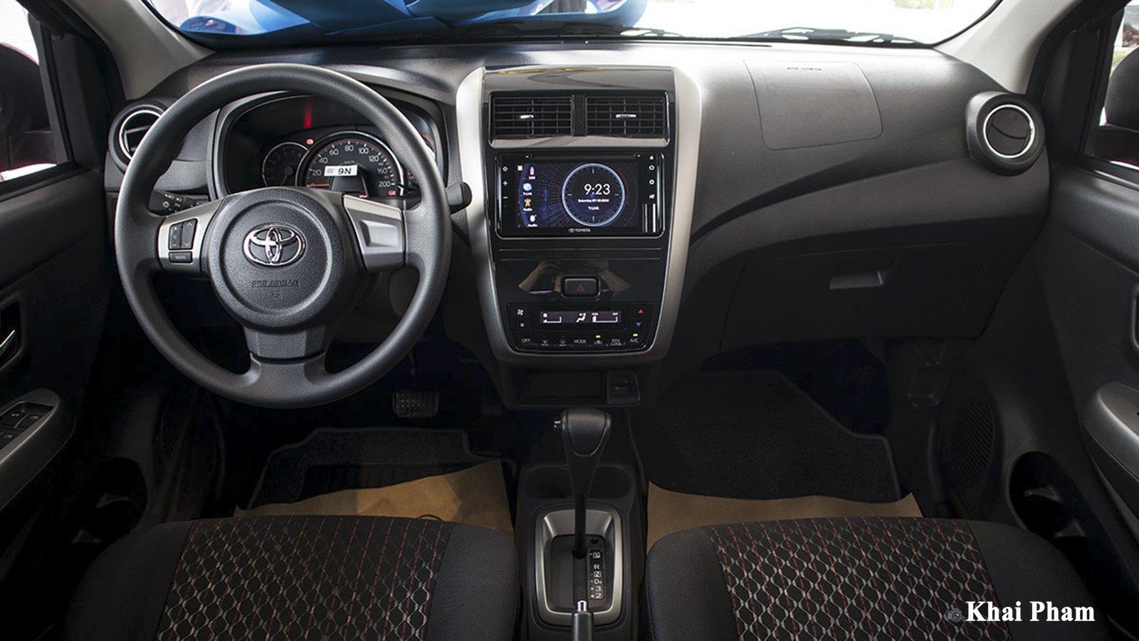 Ảnh Khoang lái xe Toyota Wigo 2020
