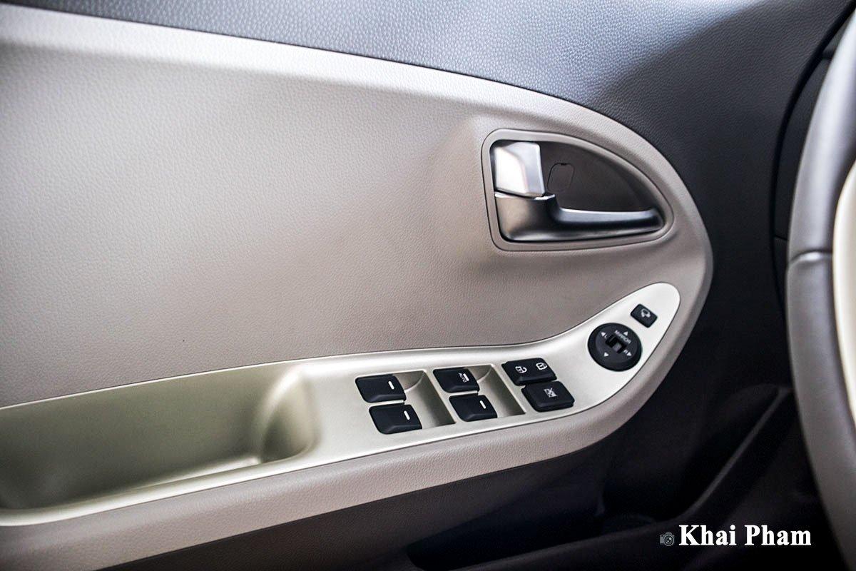 Ảnh Táp-li cửa xe Kia Morning 2020